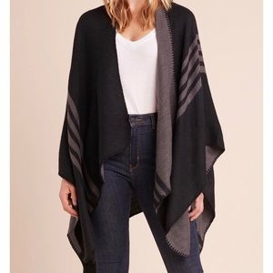 BB DAKOTA PONCHO- NWT